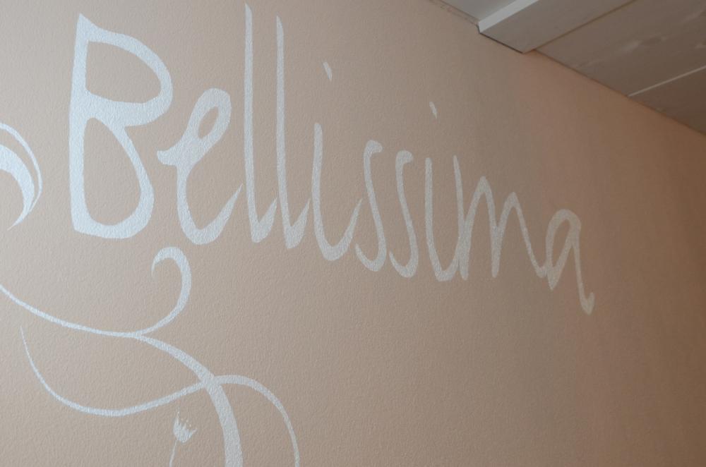 Bellissima Schriftzug, Bellissima Logo, Wanddekoration