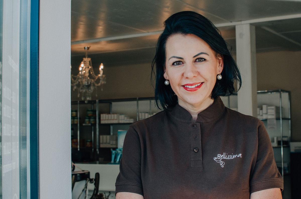 Geschäftsinhaberin Claudia Schnider